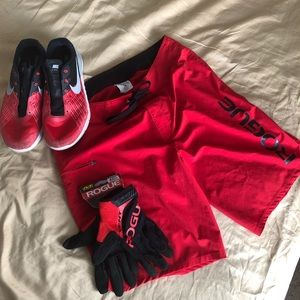 2Rogue boardshorts, gloves,Nike Metcon trainers